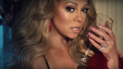 VIDEO/ Mariah Carey kërcim erotik mbi prehrin e një mashkulli