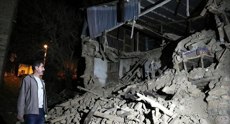 """""""Ka shkatërrime dhe mund të ketë shumë viktima""""- Profesori turk flet pas tërmetit me magnitudë 6.8: Mund të ketë çarë…"""