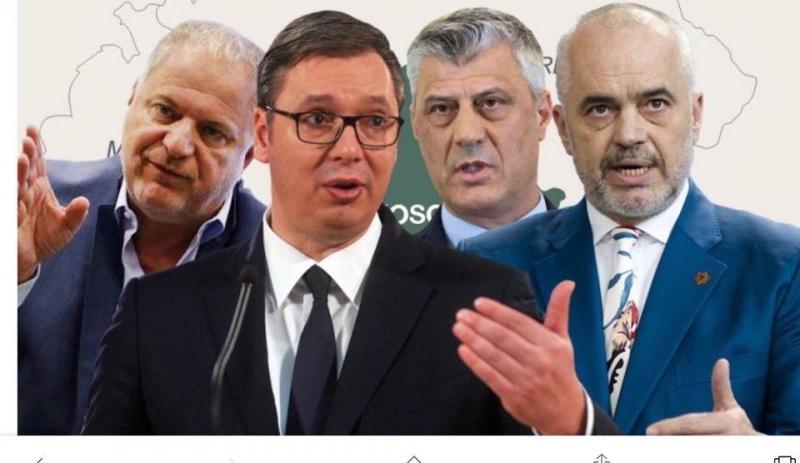 """Dekorohen me Urdhërin """"Esad Pashë Toptani""""!!"""