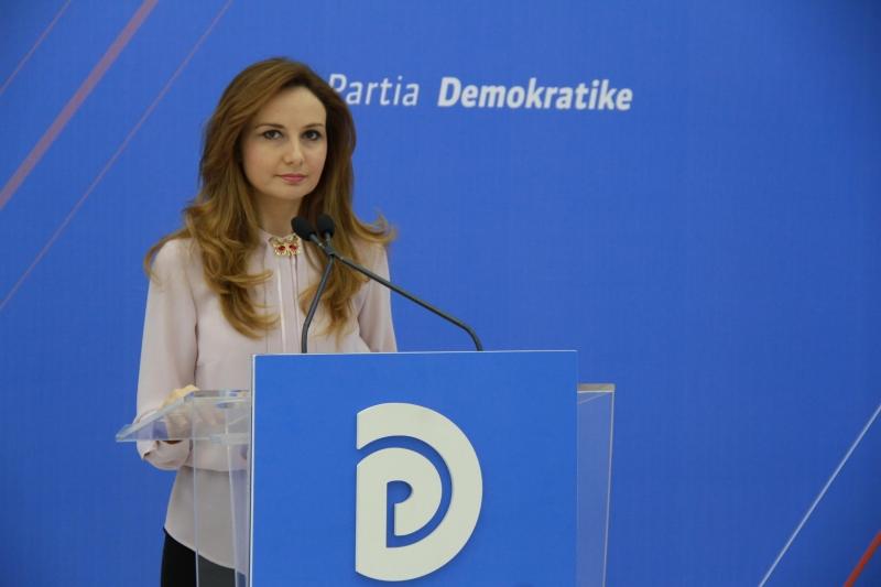 Ish-deputetja, Ramës: Fyerjet e tua nuk mbushin xhepat e boshatisur të shqiptarëve