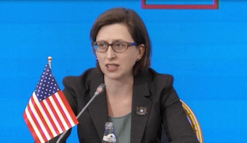 Pas tërmetit të 26 nëntorit, zyrtarja amerikane: SHBA janë miq të Shqipërisë