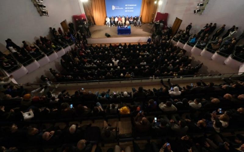'Ndihma e Zotit, pushka e Hotit'/ Reagimi epik i Berishës për deklaratat e Bashës