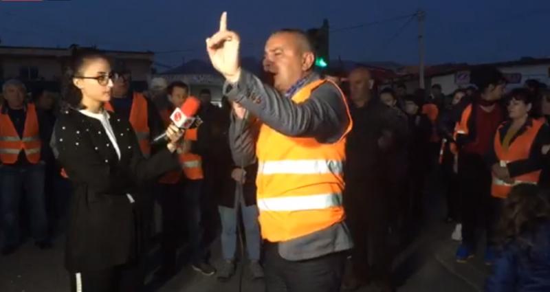 """Banorët e """"Unazës"""" nuk mashtrohen nga qeveria, vazhdojnë qëndresën me protestën e përditshme"""