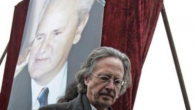 Kosova shpall person non-grata fituesin e Nobel-it, Peter Handke
