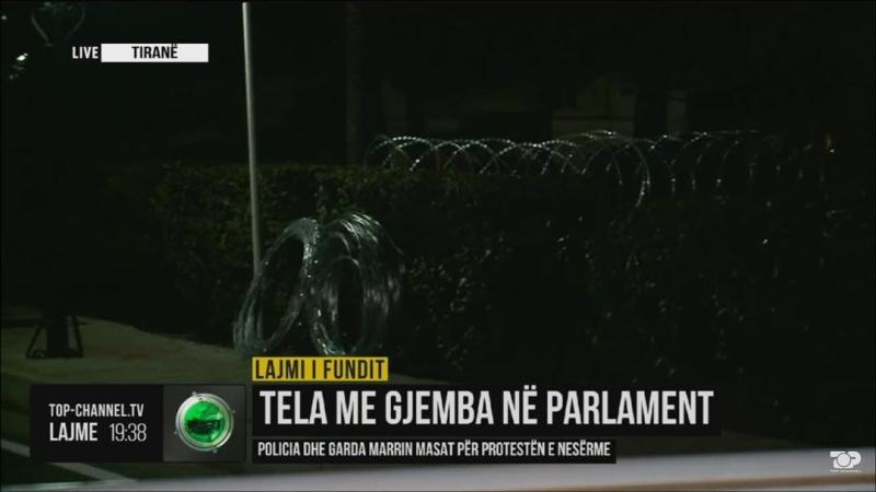 Rama , vetë ikën në Gjirokastër, Parlamentin e rrethon me tela me gjemba