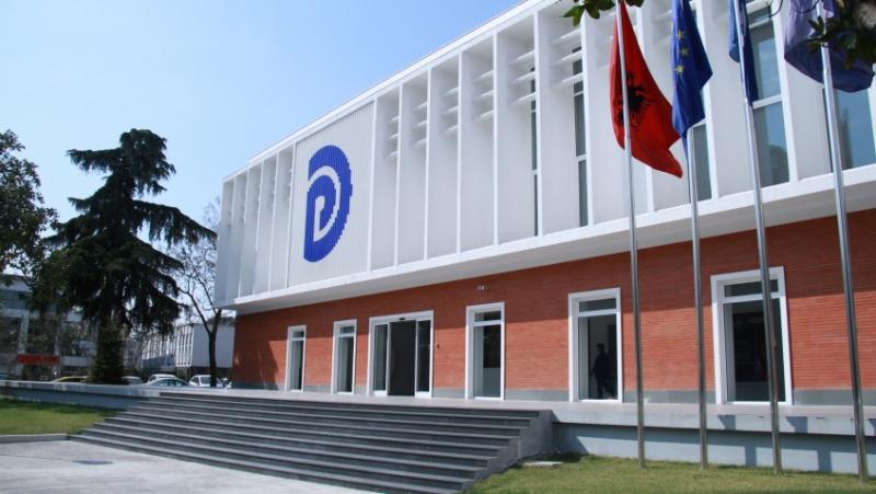 """""""Po shtyn shqiptarët drejt konfliktit social"""", PD sulmon Ramën: Nisma për të ndaluar pagesën e qirasë së bizneseve të mbyllura, vepër e turpshme"""