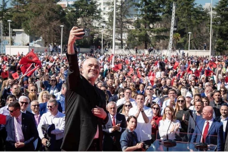 Berisha: Qendrimi i Edvinit në Kongres është thirrje për të shporrur sa më parë kalbesirën