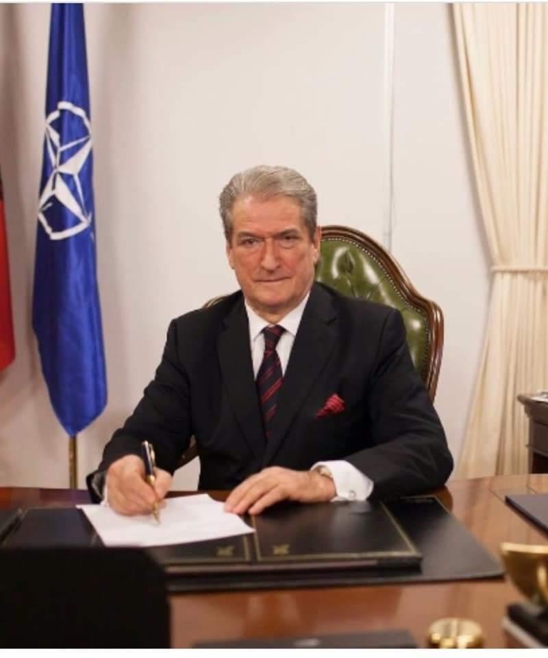 Berisha:Mafia e fondeve te termetit zhduk kontratat e qytetareve te demtuar.
