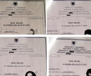 2002/Kthimi i familjes mbretërore në atdhe, të gjitha lejekalimet u shkruan me gabime