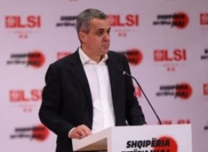 Spahiu: Bashkia e Tiranës është kthyer në abuzuesen më të madhe të fondeve publike dhe taksave të rritura