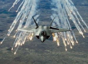 SHBA fillon sulmet me armë, ndërmerr goditje ajrore në Siri