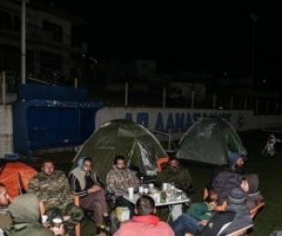 Greqia nuk gjen qetësi, 24 lëkundje pas mesnate vetëm në Elassona, dhjetëra banorë kaluan natën jashtë