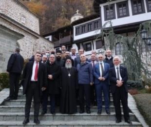 Presidenti Meta: Manastiri i Shën Gjon Pagëzorit në Dibër të Madhe, qendër e rëndësishme pelegrinazhi