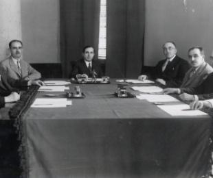 Nëpunësit kryesorë të ministrive të shtetit shqiptar në vitin 1937