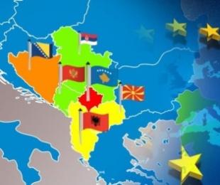 """""""Der Spiegel"""" paralajmëron: Në Ballkan po lind një konflikt i ri, pasojat për Europën do të jenë të mëdha"""