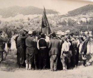 1943/Mbledhja e Tapizës, midis Nacionalçlirimtares dhe Ballit Kombëtar