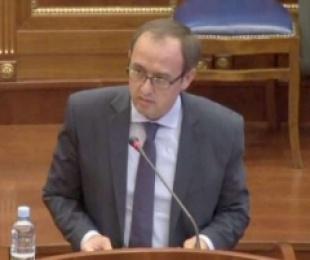 Kryeministri Hoti prezanton emrat e kabinetit të ri qeveritar të Kosovës