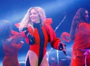 """""""The Economist"""": Çfarë kanë të përbashkët Dua Lipa, Rita Ora dhe Ava Max?"""